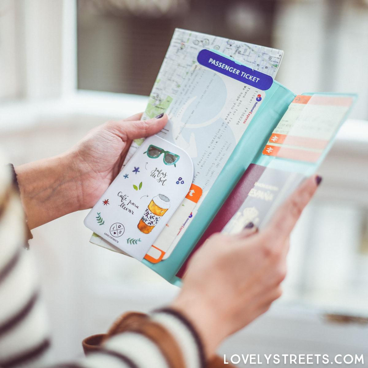 lovelystreets_portadocumentos-viaje-01_portadocumentos-viaje-lovelystreets-vivir-millon-aventuras-4