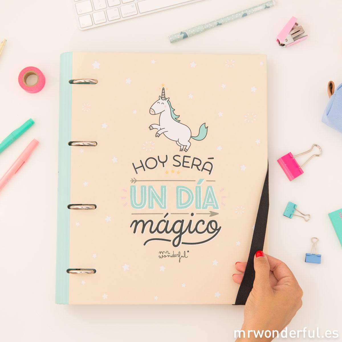mrwonderful_8435460707312_WOA03707ES_carpeta-con-anillas_hoy-sera-un-dia-magico_CAST-10