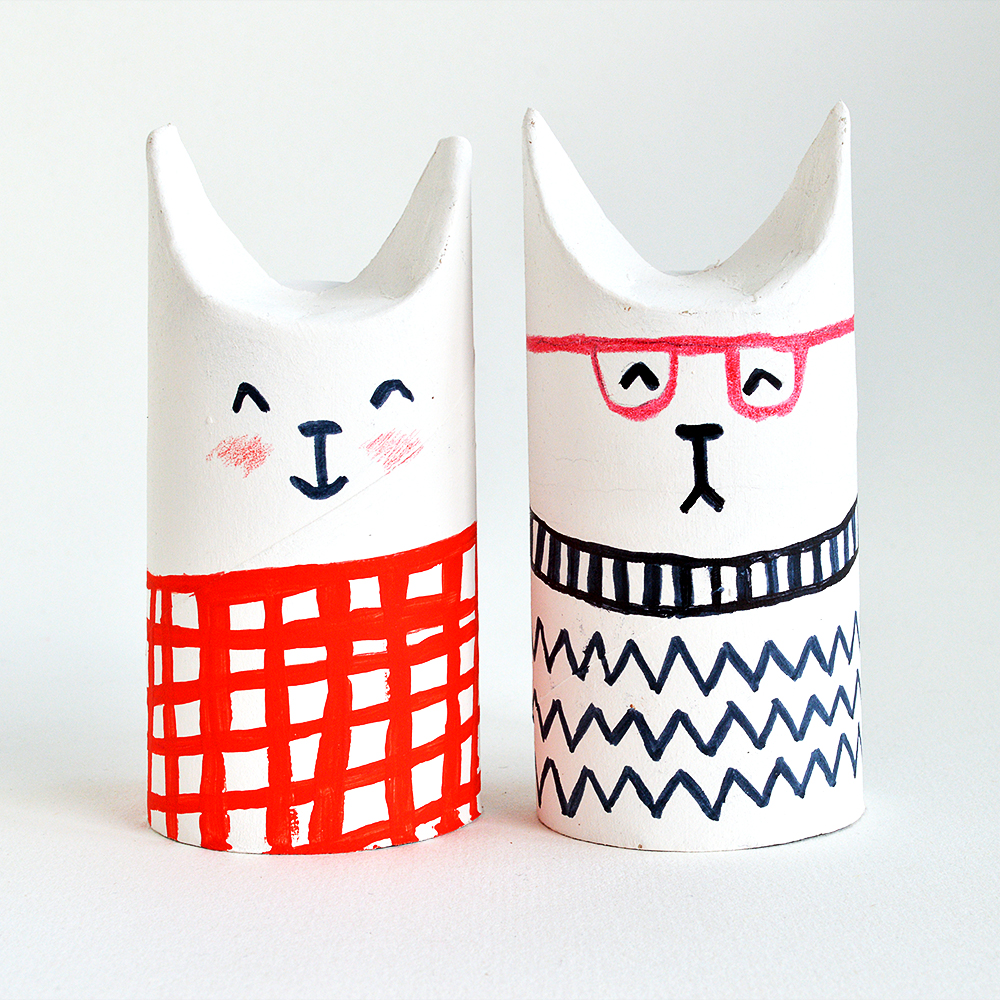 toilet-roll-cats-CG