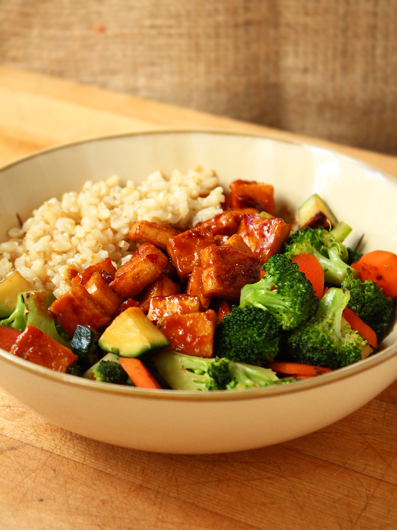 Stir-Fried-Teriyaki-Peanut-Tofu-Brown-Rice-+-Veggies