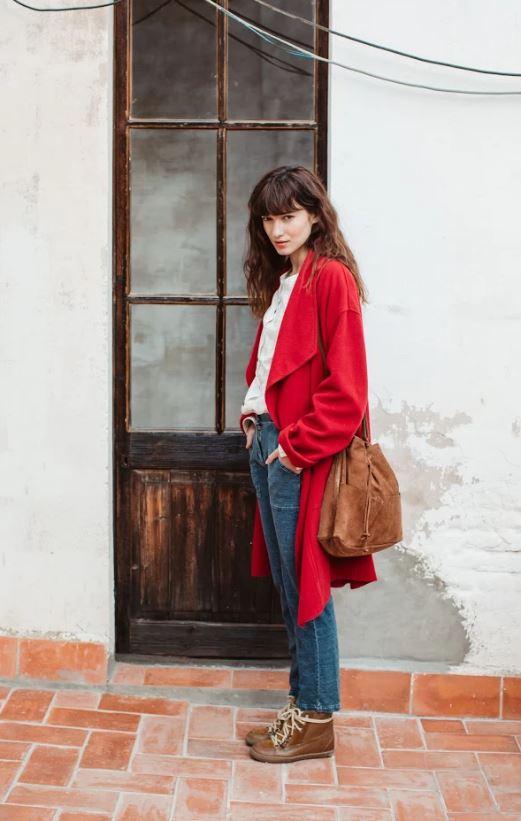 abrigo_rojo