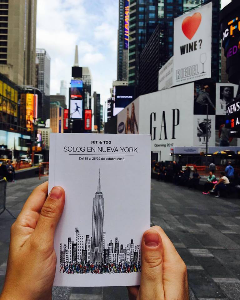 ¿Sola en Nueva York? ¡Síiiiiiii, pero con una ayudita muy especial!