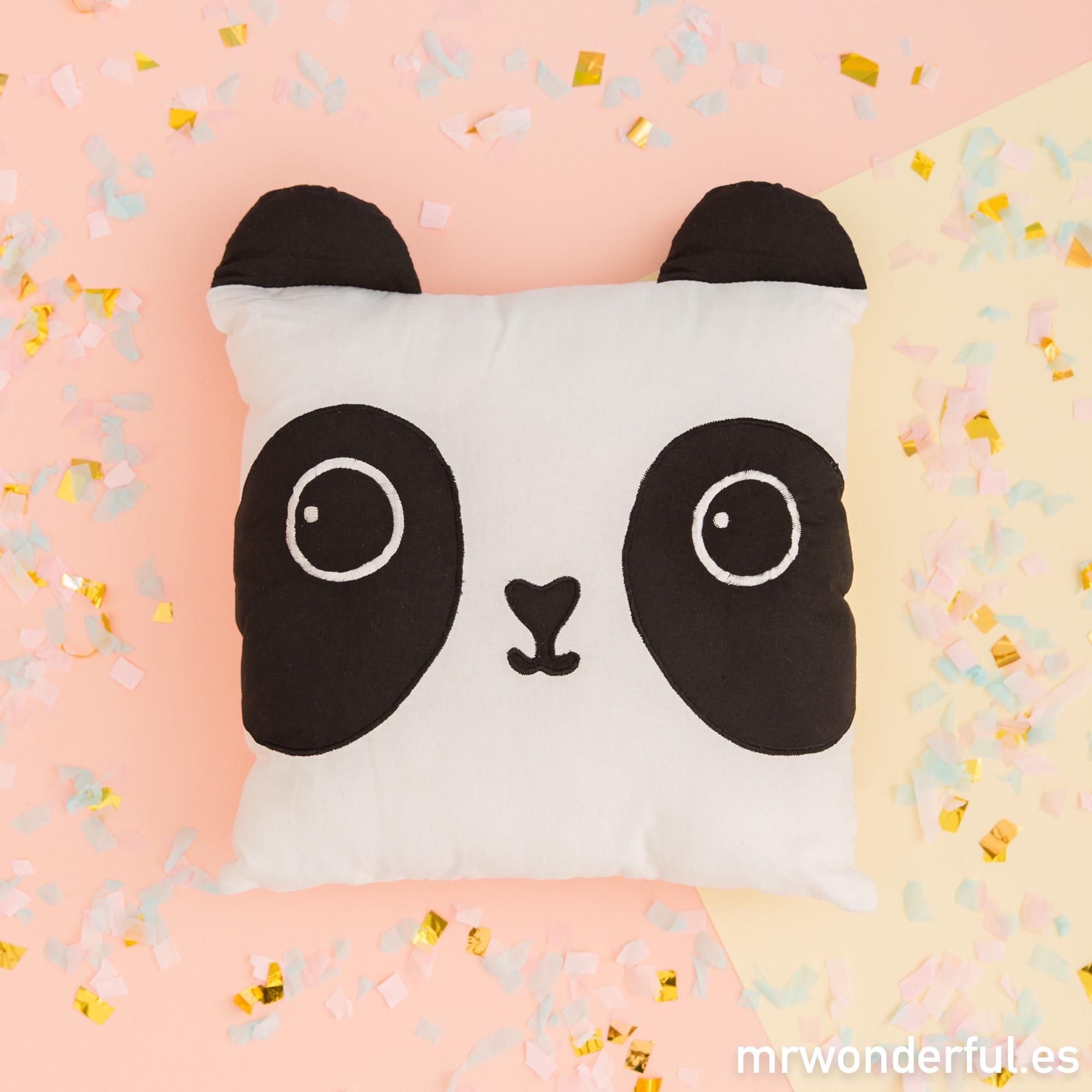 mrwonderful_pra03089un_cojin-infantil-panda-1-editar