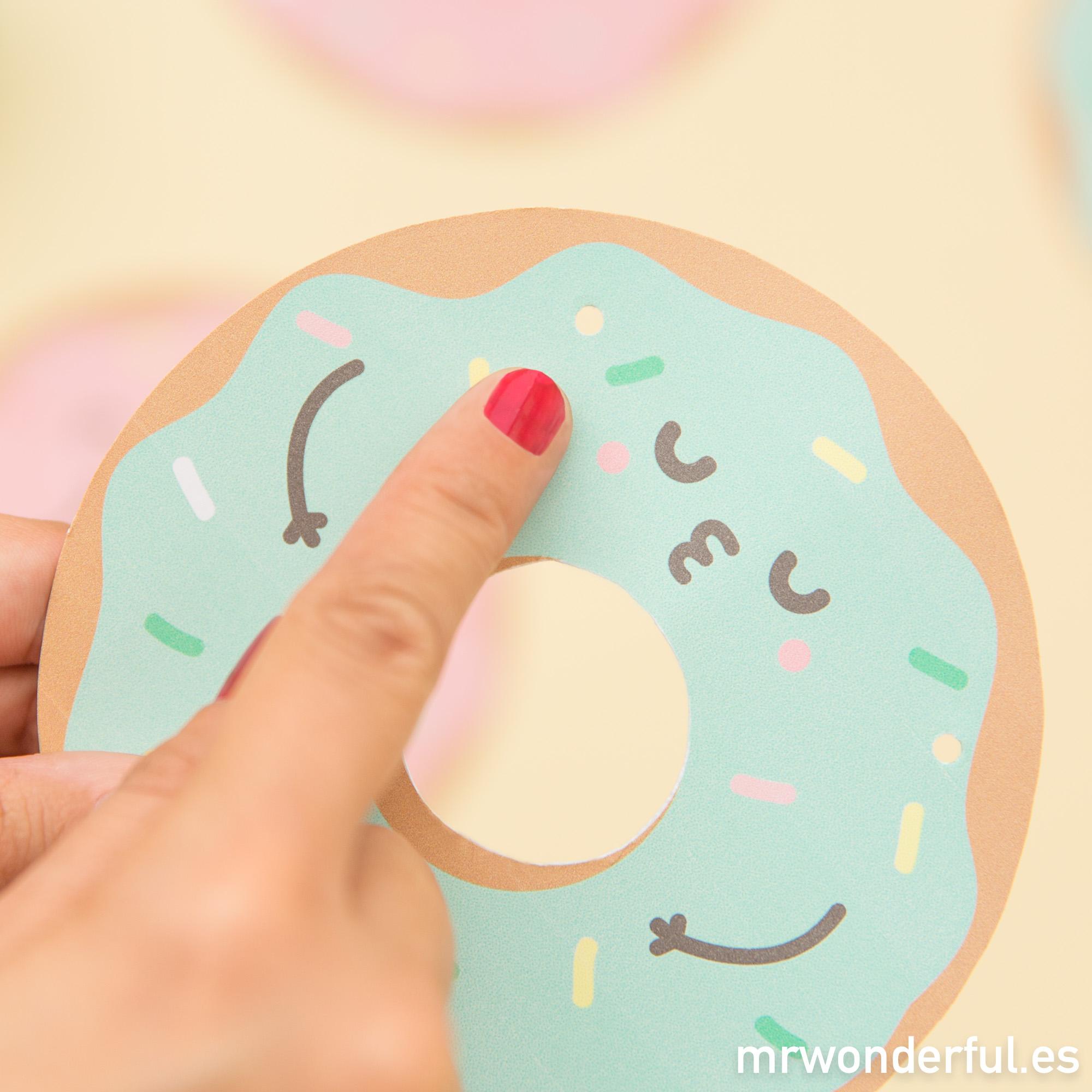 mrwonderful_descargable_banderin-donuts-8-editar