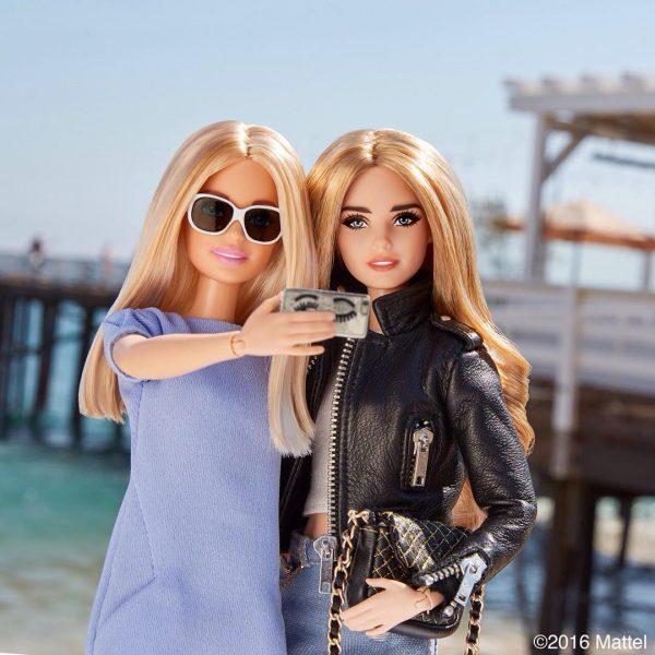 A boneca Barbie