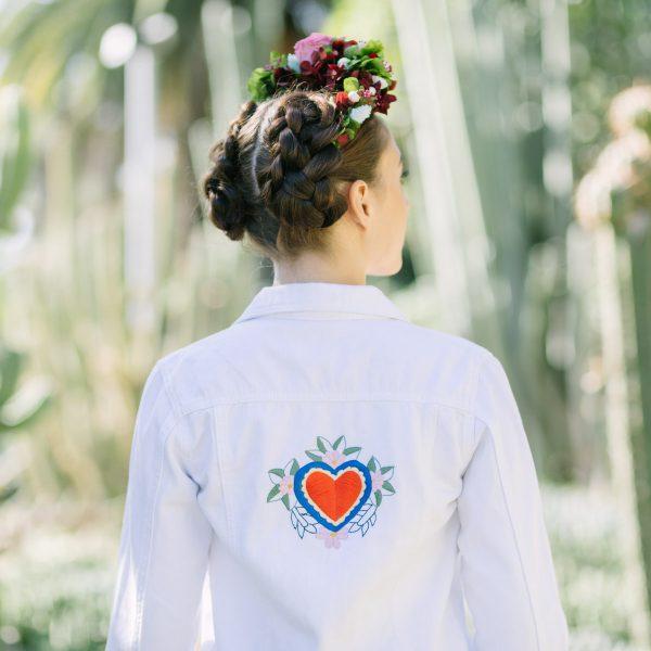 Chaqueta blanca para novias de Paola Carolina