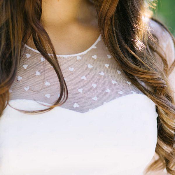 Detalle de uno de los vestidos de Paola Carolina