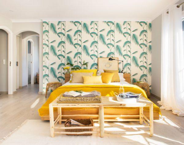 Decora tu casa y haz de ella una obra de arte pero sin obra reforma low cost muymolon - Papel pintado dormitorio principal ...