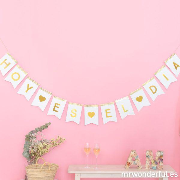 Banderines de papel para novios