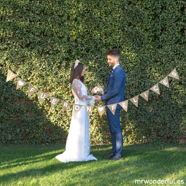 Banderines rústicos para bodas