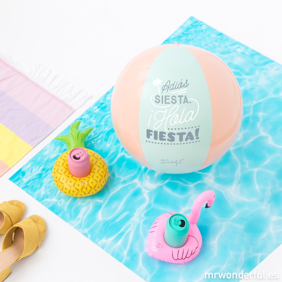 Con los pedidos de este verano podrás llevar una pelota de playa para divertirte en tus vacaciones