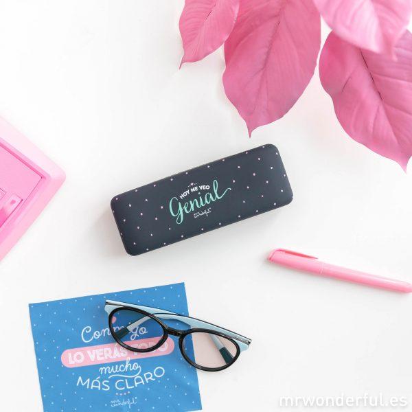 Funda de gafas incluida con cada modelo de gafas de vista