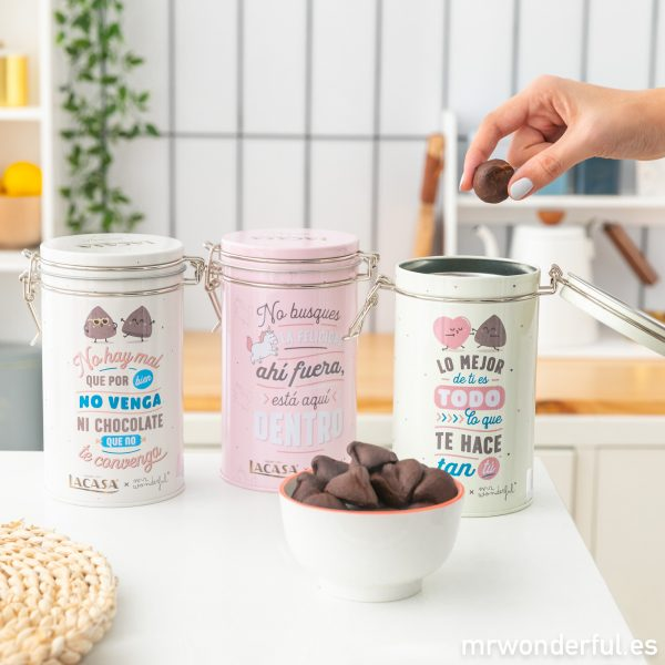 Trufas Lacasa en latas con diseño de Mr. Wonderful